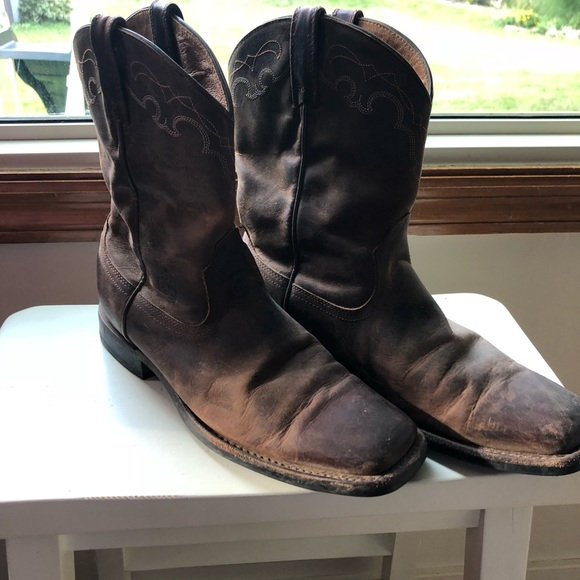 78dacfae616 Ariat Shoes | Womens Square Toe Heritage Roper Boots | Poshmark